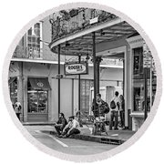 French Quarter - Hangin' Out Bw Round Beach Towel by Steve Harrington