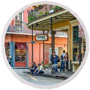 French Quarter - Hangin' Out Round Beach Towel