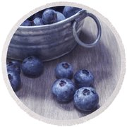 Fresh Picked Blueberries With Vintage Feel Round Beach Towel