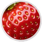Fresh Strawberry Close-up Round Beach Towel