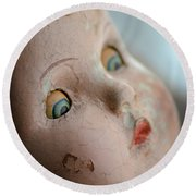Frightened Vintage Doll Face Round Beach Towel