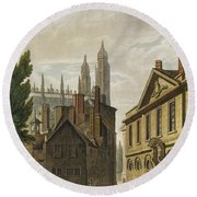 Front Of Trinity Hall, Cambridge Round Beach Towel