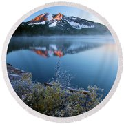Frost At Paulina Lake Round Beach Towel