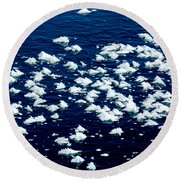Frost Flakes On Ice - 21 Round Beach Towel