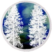 Frosty Giants Round Beach Towel