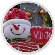 Frosty Greetings Round Beach Towel