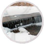 Frozen Falls At Pine Creek Round Beach Towel
