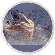 Frozen Leaf Round Beach Towel