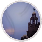 Full Moon In Liverpool Round Beach Towel