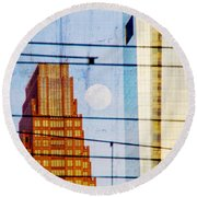 Full Moon In The City Round Beach Towel