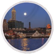 Full Moon Over Pioneer Square Round Beach Towel