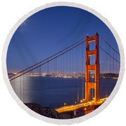 Full Moon Over San Francisco Round Beach Towel