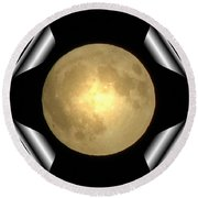 Full Moon Unfolding Round Beach Towel