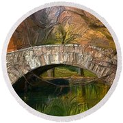 Gapstow Bridge In Central Park Round Beach Towel