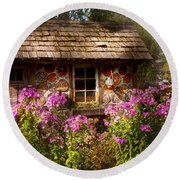 Garden - Belvidere Nj - My Little Cottage Round Beach Towel by Mike Savad