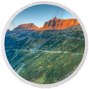 Garden Wall Sunset Round Beach Towel