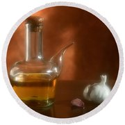 Garlic And Olive Oil. Round Beach Towel