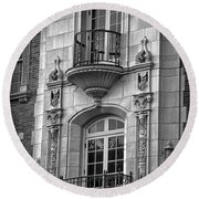Garrison Hall Window Ut Bw Round Beach Towel