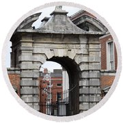 Gate Of Justice - Dublin Castle Round Beach Towel