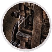 Gears And Pulley Round Beach Towel