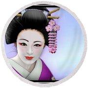 Geisha Girl Round Beach Towel