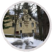 General Wayne Inn In Winter Round Beach Towel
