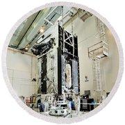 Geo-1 Satellite In Lab Round Beach Towel