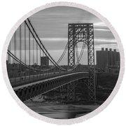 George Washington Bridge Frame Work Bw Round Beach Towel