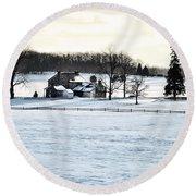 Gettysburg Farm In The Snow Round Beach Towel