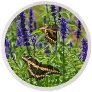 Giant Swallowtail Butterfly Couple Round Beach Towel