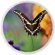 Giant Swallowtail Butterfly Photo-painting Round Beach Towel