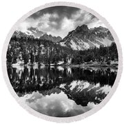 Gilbert Lake And University Peak Round Beach Towel