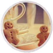 Gingerbread Men Round Beach Towel