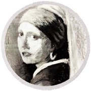 Girl With A Pearl Earring By Jan Vermeer Van Delft Round Beach Towel