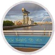 Glasgow Belongs To Us Round Beach Towel