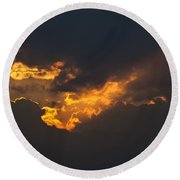 Gloaming Round Beach Towel