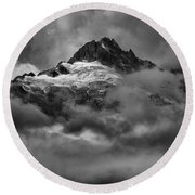 Glowing Glaciers In The Tantalus Range Round Beach Towel