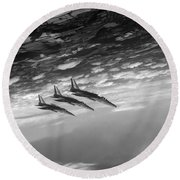 Gnats Inverted Black And White Version Round Beach Towel