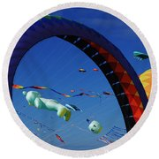 Go Fly A Kite 2 Round Beach Towel