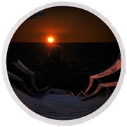 Going Down Oval Image Round Beach Towel