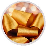 Gold Gift Bow With Festive Lights Round Beach Towel