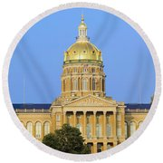 Golden Dome Of Iowa State Capital Round Beach Towel