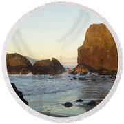 Golden Gate Bridge Round Beach Towel
