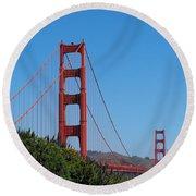 Golden Gate Bridge In Spring Round Beach Towel