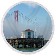Golden Gate In The Fog Round Beach Towel