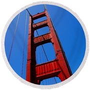 Golden Gate Tower Round Beach Towel