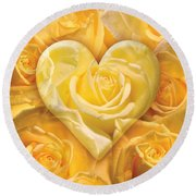 Golden Heart Of Roses Round Beach Towel