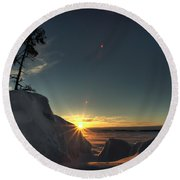 Golden Morning Breaks Round Beach Towel