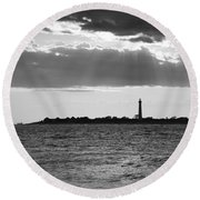 Golden Rays At Cape May Bw Round Beach Towel