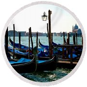Gondolas At Rest Round Beach Towel